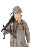 Oss armésoldat med vietnamkrigetperiod för maskingevär m60 Royaltyfri Fotografi
