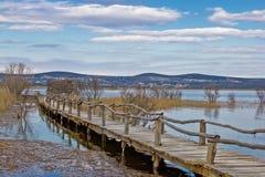 Osservatorio dell'uccello del parco naturale del lago Vransko Fotografia Stock
