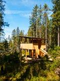 Osservatorio di legno nella foresta Immagini Stock