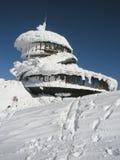 Osservatorio polacco sull'più alta montagna Snezka Fotografia Stock
