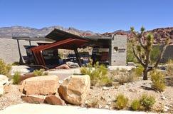 Osservazioni rosse Nevada del centro dell'ospite del canyon della roccia. Fotografie Stock Libere da Diritti