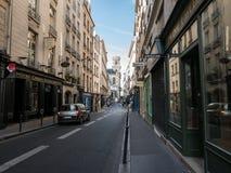 Osservi giù il san Sulpice della ruta verso il san Sulpice, Parigi di Eglise Fotografia Stock Libera da Diritti