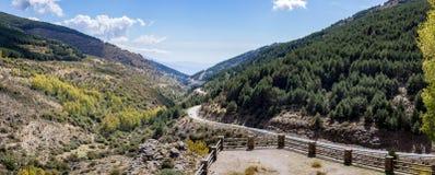 Osservi il sud da Puerto de la Ragua in Spagna Fotografie Stock