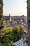Osservi la cima dei tetti alla città Udine immagine stock libera da diritti