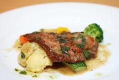 Ossobuco alla milanese, włoska kuchnia Zdjęcia Stock