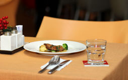 Ossobuco alla milanese, włoska kuchnia Fotografia Stock