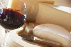 Ost och wine fotografering för bildbyråer