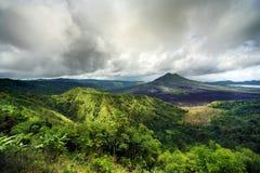 Ostatnio zbudzony wulkan Gunung-Batur Zdjęcia Stock