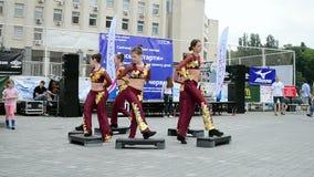 Ostenta a exposição 2014 - festival do esporte das crianças, Kiev, Ucrânia, vídeos de arquivo