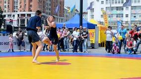 Ostenta a exposição 2014 - festival do esporte das crianças, Kiev, Ucrânia, filme