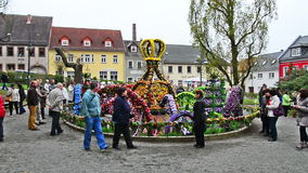 Osterbrunnen (Easter fountain) decorated in the middle of city Berga/Elster, Thuringia stock video footage