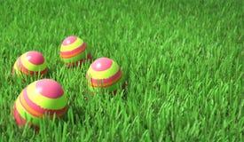 Ostereier auf dem Gras Lizenzfreies Stockfoto