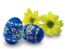 Ostereier und Blumen Lizenzfreies Stockfoto