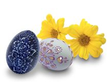Ostereier und Blumen Stockfotografie