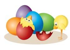 Ostereier und Hühner Lizenzfreie Stockfotos