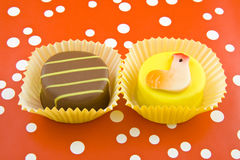 Ostern-Cupkuchen stockbild