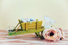 Ostern-Dekoration mit Pastellfarben Stockfotos