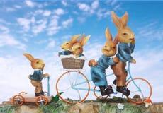 Ostern-Kaninchen-Familie Stockbild