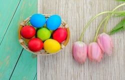 Ostern-Korb mit Eiern Lizenzfreie Stockfotografie