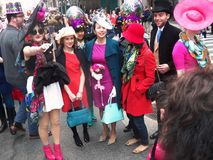 Ostern-Parade-Hut-Frühling färbt New York City Lizenzfreies Stockfoto