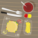 Osthamburgare, pommes frites och Coladrink Royaltyfria Bilder