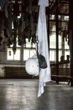 Ostrava Tjeckien - Augusti 19, 2016 Exponering Landek som bryter museet, gammal kläder av gruvarbetare royaltyfria foton