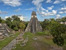 Ostrosłup Jaguar w obywatelu najwięcej znacząco Majskiego miasta Tikal park, Gwatemala fotografia stock