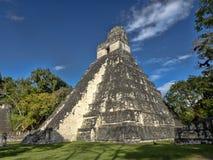 Ostrosłup Jaguar w obywatelu najwięcej znacząco Majskiego miasta Tikal park, Gwatemala zdjęcie stock
