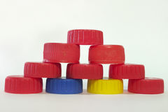 Ostrosłup nakrętki od plastikowych butelek Zdjęcia Stock