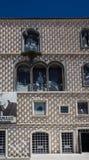 Ostrosłup płytki na historycznym budynku zdjęcia royalty free