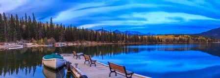 Ostrosłupa Jezioro Obraz Stock