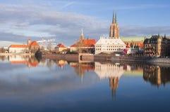 Ostrow Tumski en Gotische kathedraal van St John Doopsgezind in Wroclaw royalty-vrije stock foto