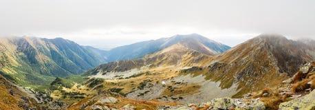 Ostry Rohac i Placlive szczyty przy Tatras Fotografia Royalty Free