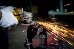 Ostrzarza elektryczny formularzowy pracownik Obraz Royalty Free