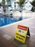 Ostrzegawczy signboard Zdjęcia Royalty Free