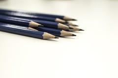 Ostrzy Błękitni ołówki Zdjęcie Royalty Free