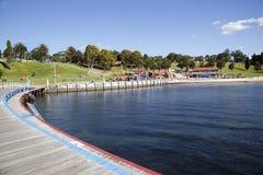 Oststrand-Schwimmen-Einschließung Lizenzfreies Stockfoto
