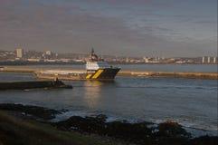 OSV avgår den Aberdeen hamnen Royaltyfri Foto