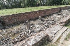 Oswiecim, o 23 de agosto de 2017: O acampamento de Auschwitz Birkenau II isto fotos de stock royalty free