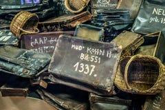 Oswiecim/Polen - 02 15 2018: Persoonlijke bezittingen, koffers, zakken, manden royalty-vrije stock foto's