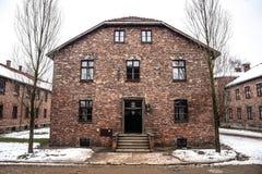 Oswiecim/Polen - 02 15 2018: Ziegelsteinkasernen, Blockhäuser des Auschwitz-Konzentrationslager-Museums Stockbild