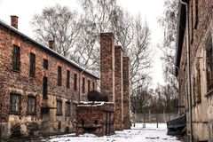 Oswiecim/Polen - 02 15 2018: Ziegelsteinkasernen, Blockhäuser des Auschwitz-Konzentrationslager-Museums Stockbilder