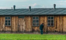 Oswiencim,波兰- 2019年9月21日:比克瑙集中营 死亡营房 犹太灭绝阵营历史 库存图片