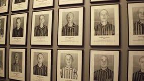 OSWIENCIM, портреты ПОЛЬШИ - 14-ое января 2017 жертв Освенцима Birkenau Немецкая нацистская концентрация и акции видеоматериалы