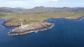 Oszałamiająco antena strzał Ardnamurchan punkt, Wielki Britains, najwięcej westerly punktu z latarnią morską i pięknym bielem, zbiory