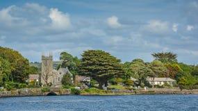Oszałamiająco irlandczyka krajobraz wzdłuż Durrus rzeki, Bantry, okręgu administracyjnego korek, Irlandia Zdjęcie Stock