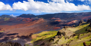 Oszałamiająco krajobraz Haleakala wulkanu krater brać przy Kalahaku przegapia przy Haleakala szczytem, Maui, Hawaje Obrazy Royalty Free