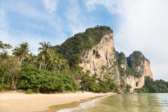 Oszałamiająco krajobraz wokoło Krabi w południowym Tajlandia Zdjęcie Royalty Free