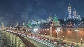 Oszałamiająco noc widok Kremlin w zimie, Moskwa, Rosja zbiory