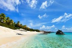 Oszałamiająco plaża przy Karaiby Obrazy Royalty Free